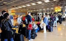 7641811698_une-file-d-attente-dans-un-aeroport-parisien